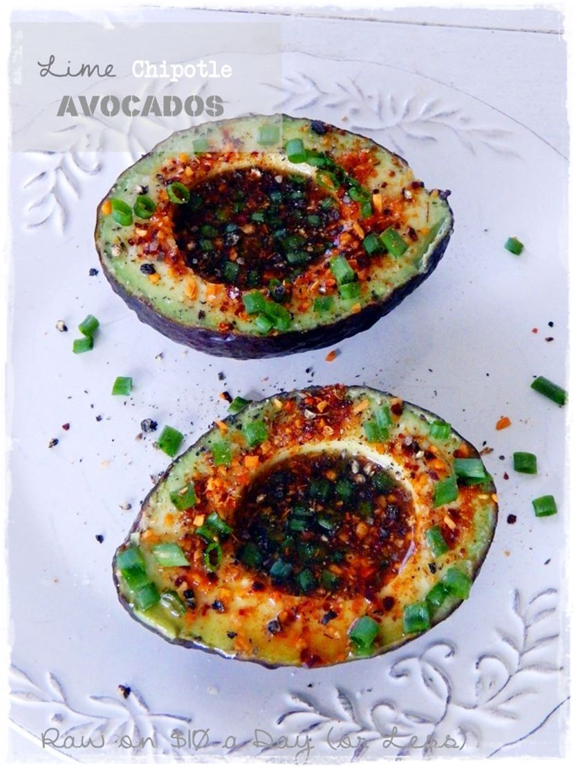 Lime Chipotle Avocados Easy Healthy Raw Food Recipe from Rawon10 #rawfood #easyrawfood #rawfoodrecipe #spicy #avocados