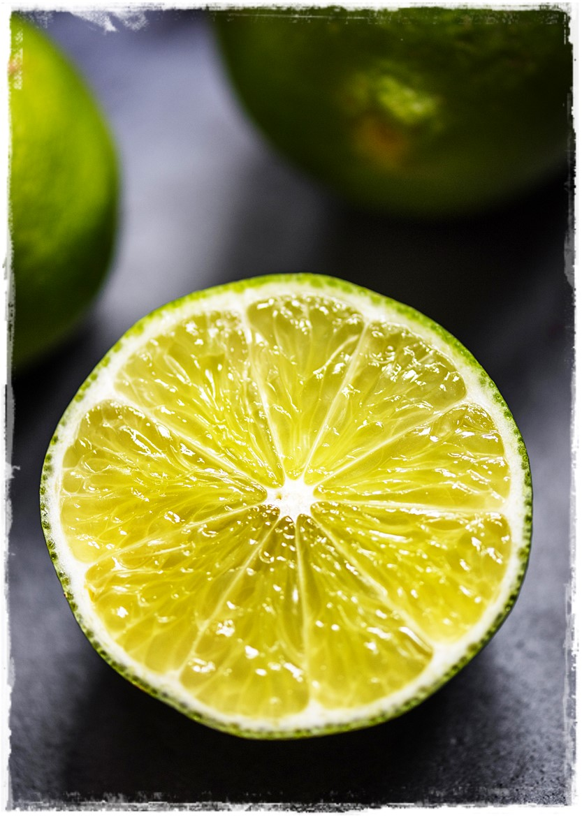 Storing Citrus How To from Raw on 10 a Day Raw Food Advice #rawfood #storingcitrus #citrus #plantbased #rawon10 #easyaffordableraw #budgetvegan Lime